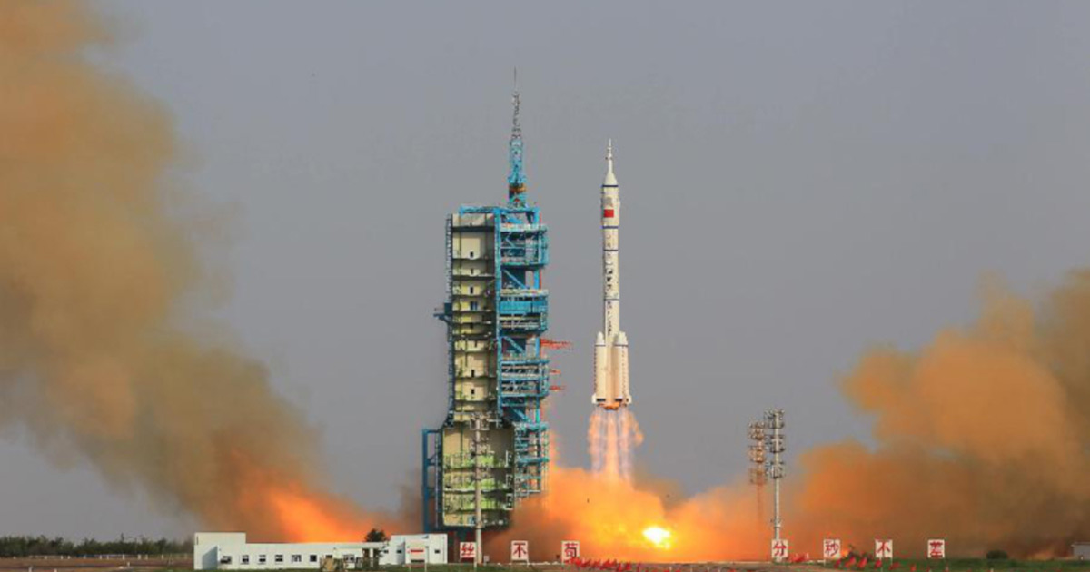 china launched mysterious reusable test spacecraft